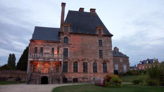 Ducey, Normandia, Castello di Montgommery