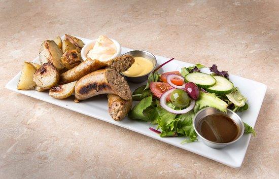 Chambly, Canadá: Assiettes des saucisses artisanales