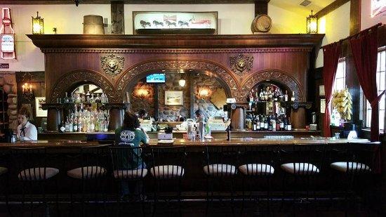 Relics Restaurant: bar