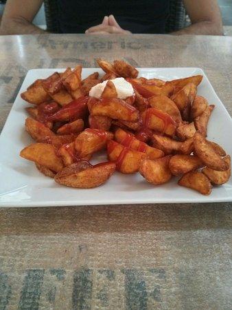 Ca'n Moixet: Patatas bravas