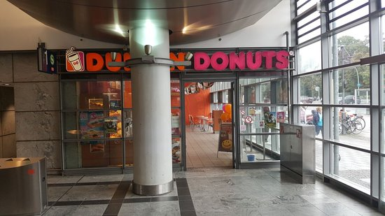 dunkin 39 donuts berlin bahnhof spandau segefelderstr restaurant reviews photos tripadvisor. Black Bedroom Furniture Sets. Home Design Ideas