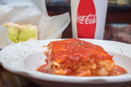 Mount Joy, Pensilvania: Di Maria's Pizza & Italian Kitchen - Lasagna