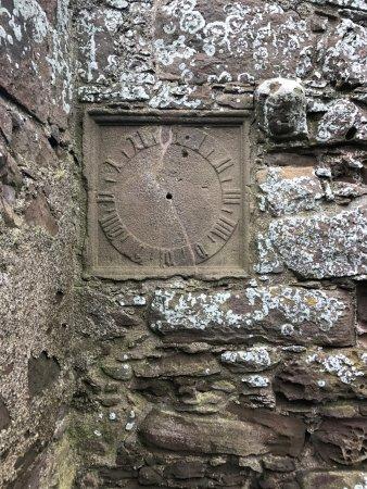 Stonehaven, UK: Old clock.