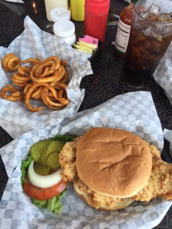Miller, MO: The newly added curly fries were delicious