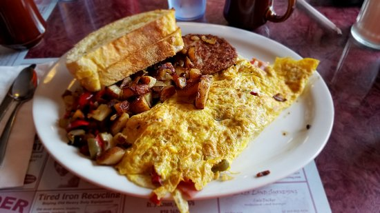 Nothin' Fancy Cafe: western omelet