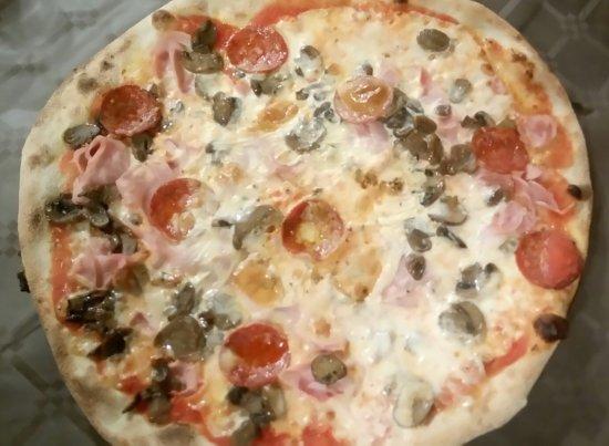Trattoria Pizzeria Al Funghetto: _20170911_185609_large.jpg