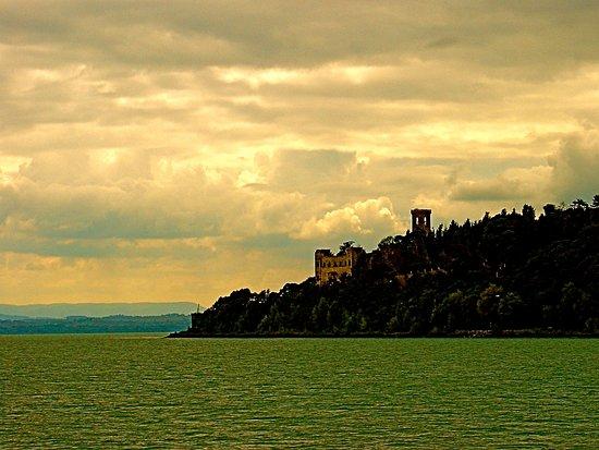 Umbria, إيطاليا: Sunset, Lake Trasimeno, Umbria