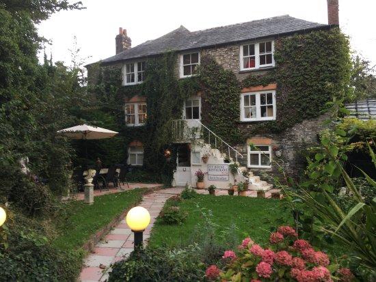 Ivy House Restaurant St Merryn