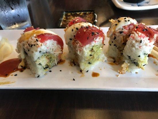 Naked fish sushi restaurant — photo 4