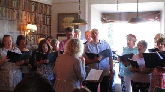 East Knoyle Community Choir singing in The Mitre during Shaftesbury Fringe 2017.