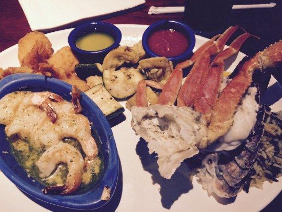 Oakdale, MN: Crab fest feast