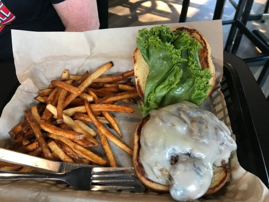 Monona, WI: Burger with greasy, limp fries