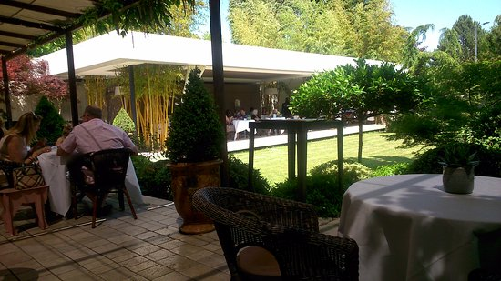Restaurant les c dres granges les beaumont patio ext rieur - Les cedres restaurant granges les beaumont ...