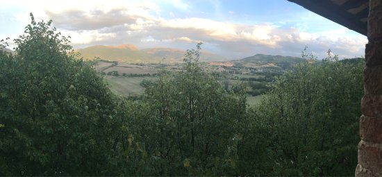 Castello di Baccaresca : View out of our bedroom window!