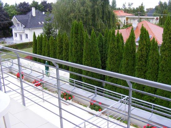 Balatonszarszo, Ungheria: Nagy erkély, pihentető kilátás