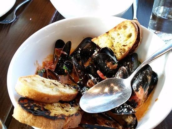 Lake Bluff, Илинойс: mussels