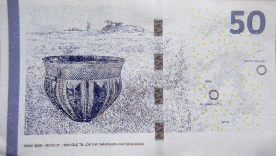 Loegstoer, Denmark: Skarpsallingkarret på 50 kroners sedlen