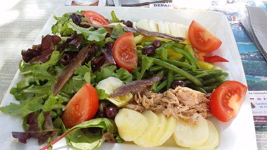 Montauroux, Francja: Salade Nicoise