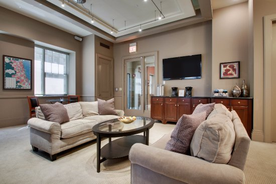 dewitt hotel and suites chicago reviews