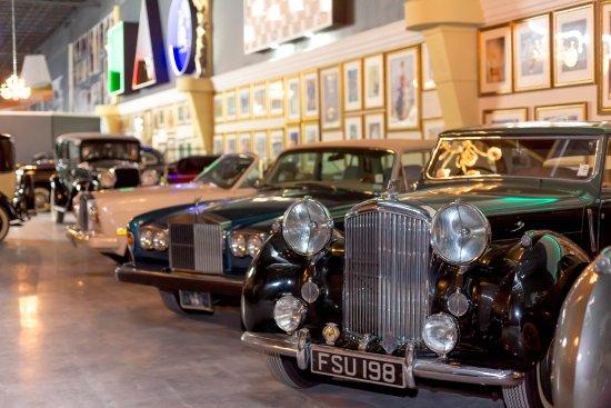 Dezer Auto Museum