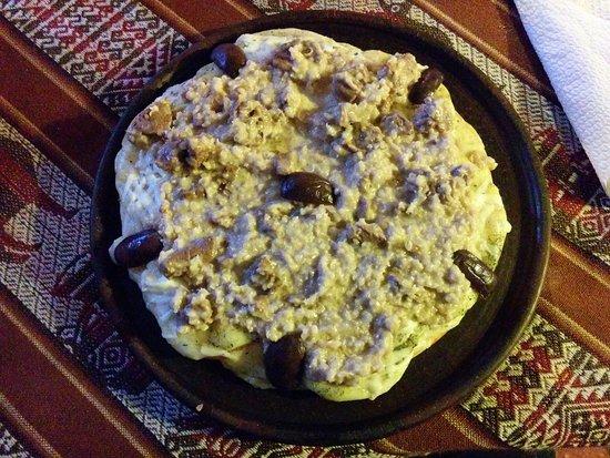 Putre, Chili: Pizza with quinoa and alpaca