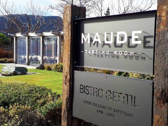 Wanaka, New Zealand: Maude Tasting Room