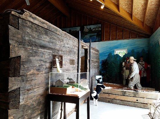 Kittery, ME: Historical cabin