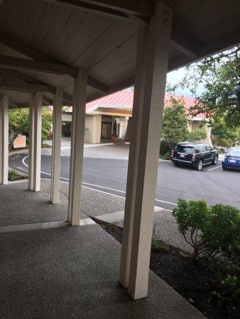 Ashland Hills Hotel & Suites: photo5.jpg