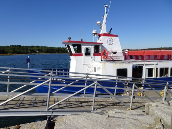 Chebeague Island, ME: Ferry that took us to Chebeague from Fallmouth