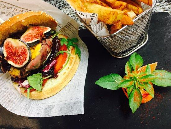 Torreilles, Fransa: Burger Tournedos de Magret