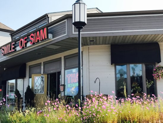 "Shorewood, IL: Smile of Siam ""Authentic Thai Restaurant, Where Good Taste Meets Good Health"""