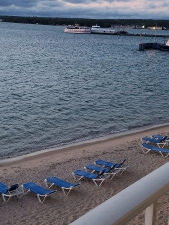 Comfort Inn Lakeside: Beach chairs