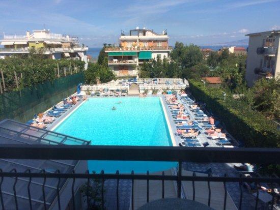 Pool Picture Of Grand Hotel Flora Sorrento Tripadvisor