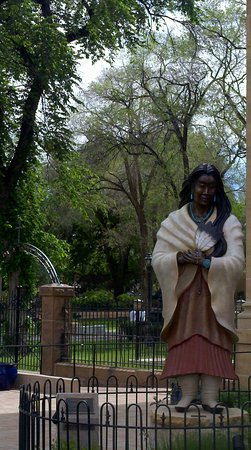Santa Fe, NM: As I mentioned, I enjoyed the statues