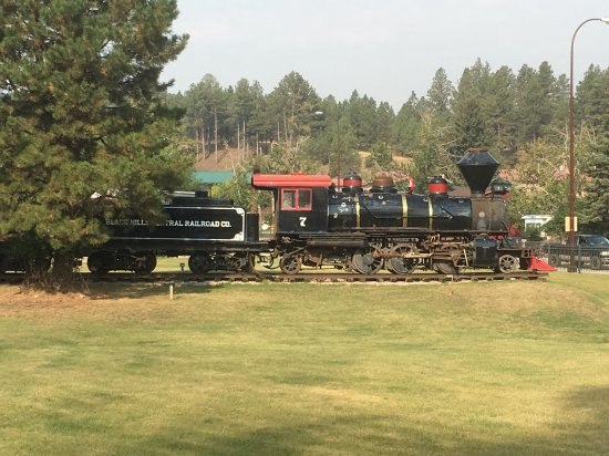 Hill City, SD: Old locomotive on display. Still functional.