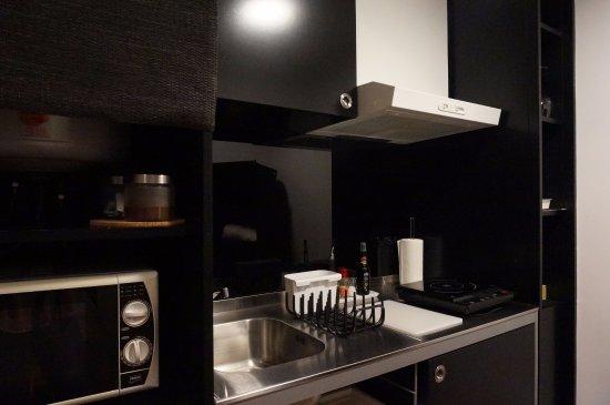 Casa dos Guindais: 部屋内のキッチン