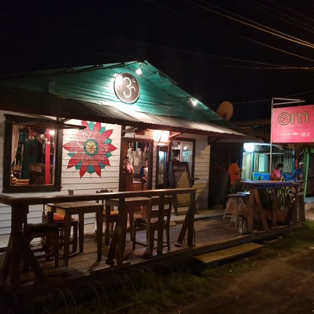 Om Cafe: 20170914_190354_large.jpg