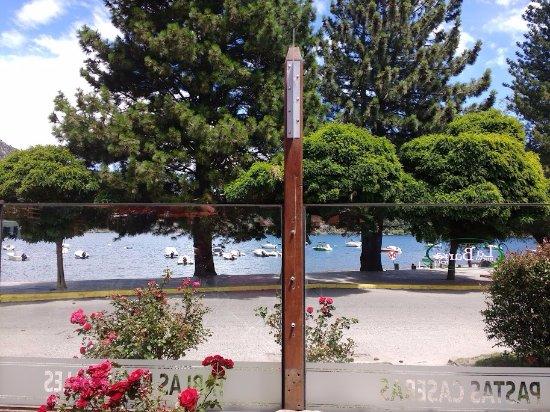 La Nueva Barra : Otra vista al lago desde el restaurant