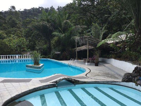 Hosteria Septimo Paraiso: Swiming pool