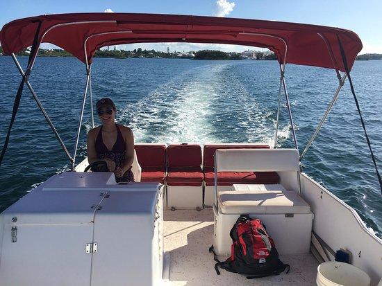 Aquatic Bermuda: Driving the Pontoon Boat!