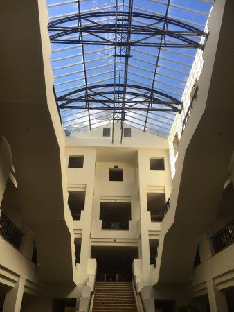 Hyatt Hotel Canberra: photo1.jpg