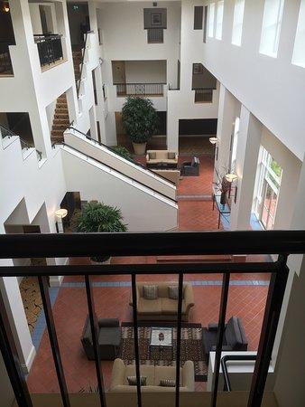 Hyatt Hotel Canberra: photo2.jpg