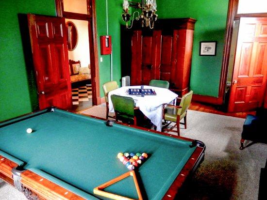 بيركز جاستهاوس: Game Room