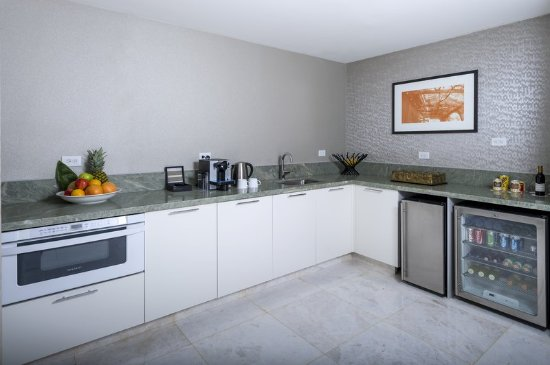InterContinental Miami: Kitchen