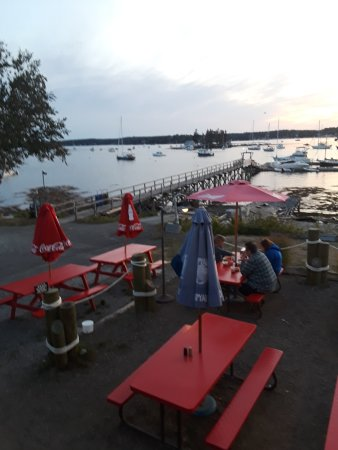 The Lobster Dock : The view and sunset from the patio