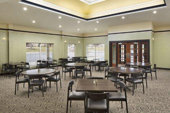 Best Western Grand Rapids Airport Hotel