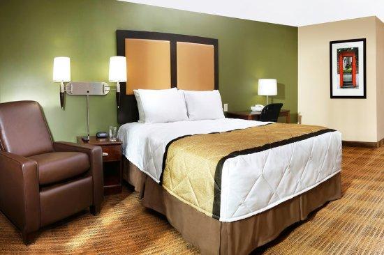 Roseville, Мичиган: Studio Suite - 1 Queen Bed