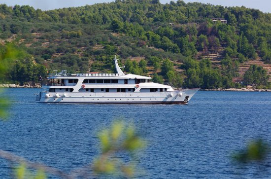Dalmatian Highlights 7-Day Cruise...