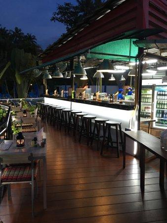 Kata Villa: Bar overlooking Open Kitchen