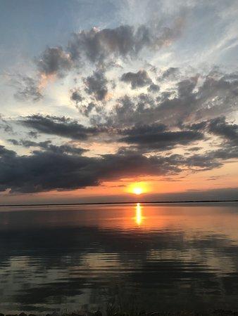 Sulphur Springs, TX: Sunset on the lake
